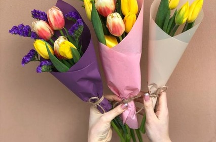Цветы на 8 марта для коллег