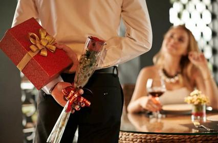 ТОП-5 подарков для женщин на День Святого Валентина