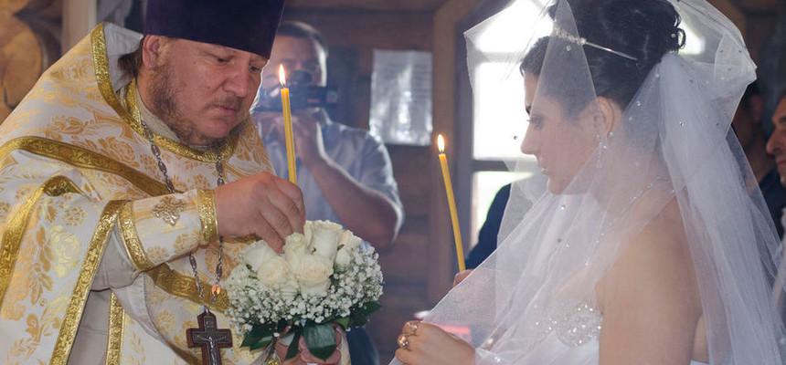 Букеты на венчание - в чем их особенность, и где можно купить?
