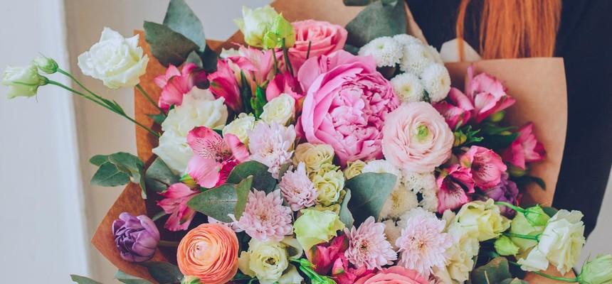 Как продлить жизнь срезанных цветам