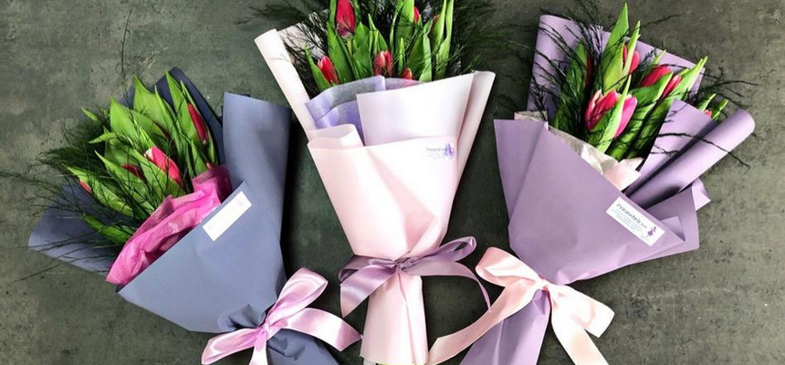 Мини-букеты на 8 марта, отличный подарок для коллег