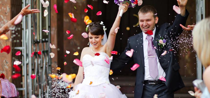 Букет на свадьбу в подарок молодоженам от гостей и от родителей