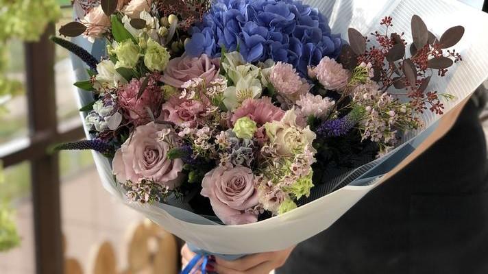 Купить цветы по умеренной цене в Казани - Ботаника