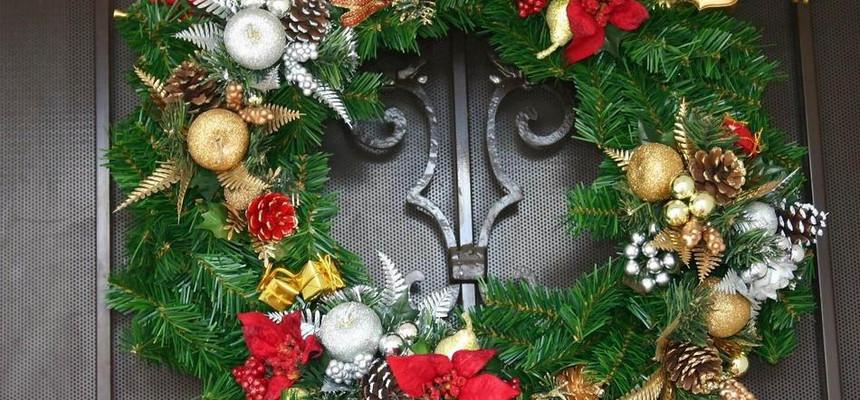Рождественский венок на дверь - откуда пошла традиция?