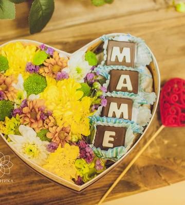 Цветы с шоколадом ручной работы