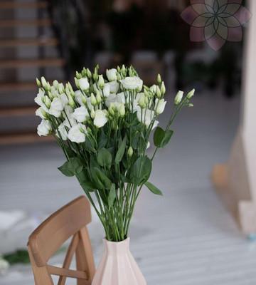Абонемент на доставку цветов (размер M)