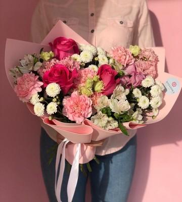 Букет для мамы с розами