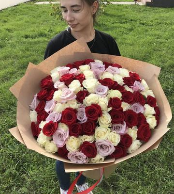 Букет огромный с розами
