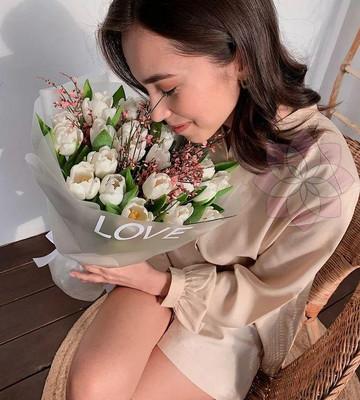 Букет цветов на день святого валентина