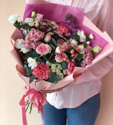 Милый сборный букет на День всех влюблённых