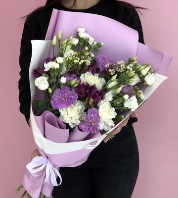 Букет Фиолет с эустомой и диантусом