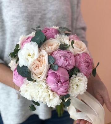 Свадебный букет бело-розовый