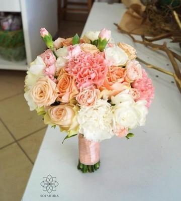 Букет невесты с Розой и Диантусом