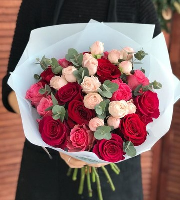 Букет из роз Румяная заря