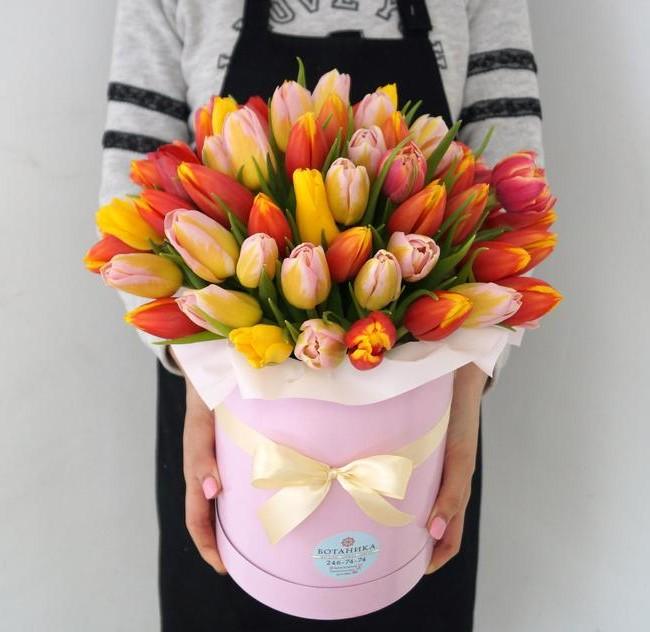 Тюльпаны в коробке - вид 1