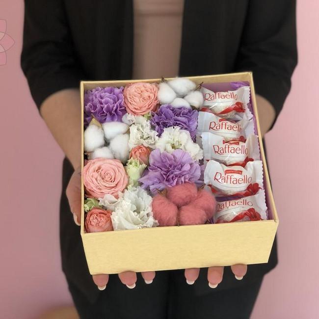 Купить композицию Цветочная коробка - вид 1