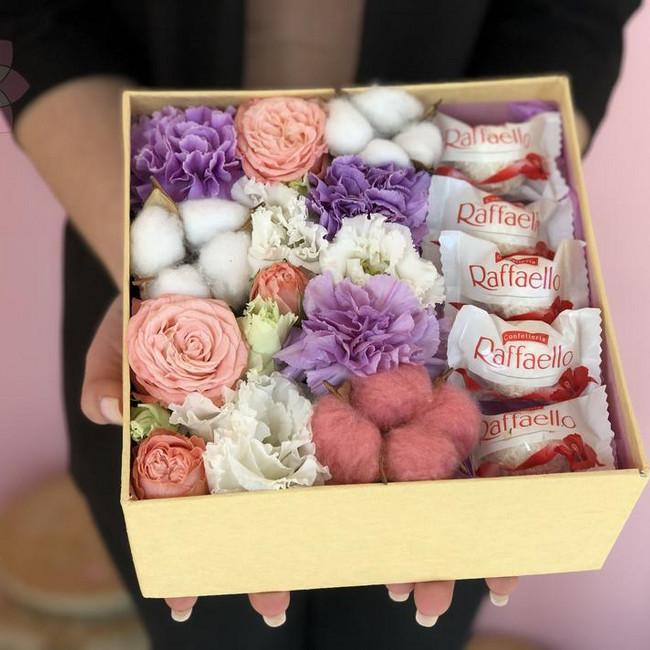 Купить композицию Цветочная коробка