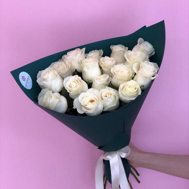 Букет из 17 белых роз - вид 1