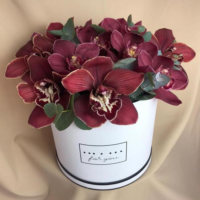 Шляпная коробка с орхидеями - вид 1