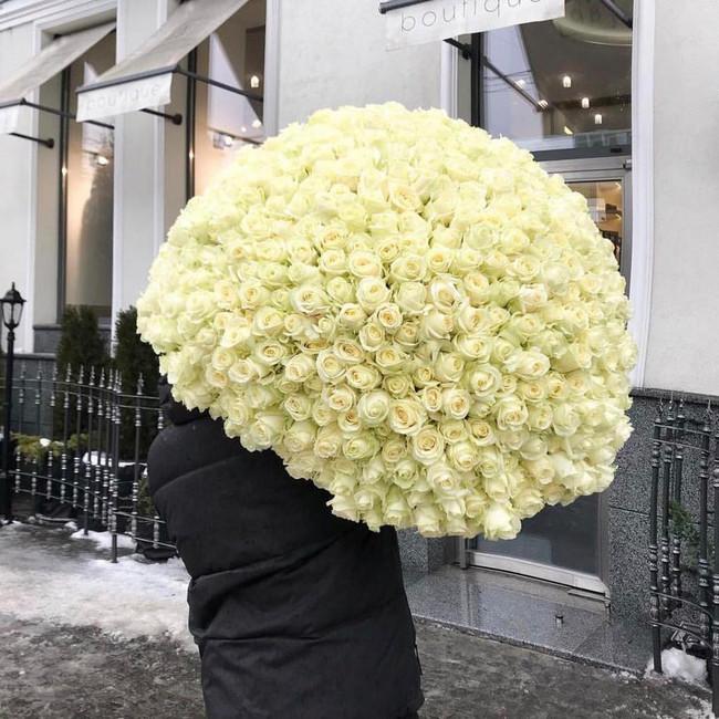 Шикарный букет из 301 розы - вид 1