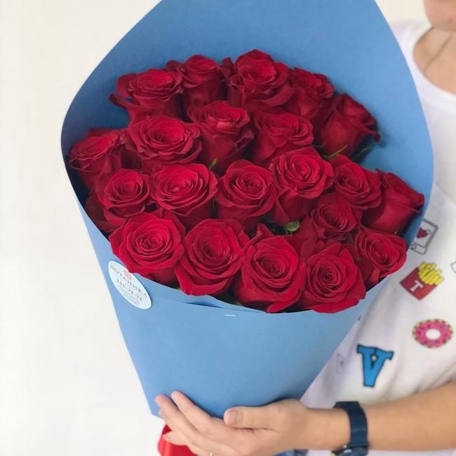 Букет из 21 эквадорской розы 60см - вид 1