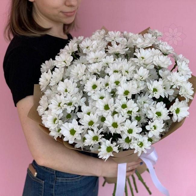 Букет из 15 ромашковидных хризантем - вид 1