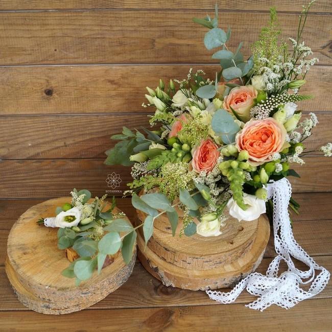 Букет невесты Mon Plaisir с пионовидной розой и эвкалиптом - вид 1