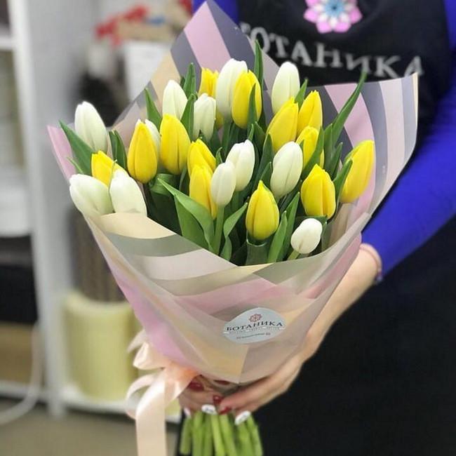Купить Бело-желтый букет из тюльпан - вид 1