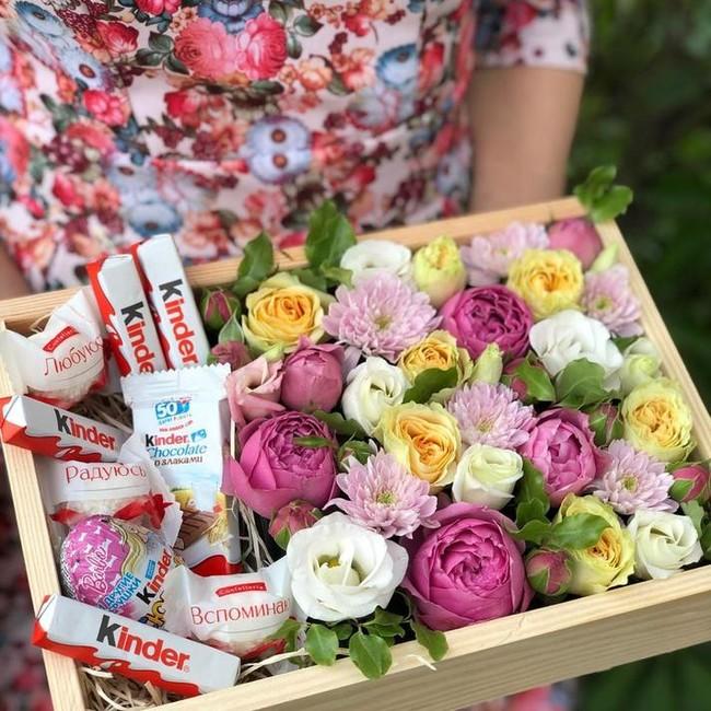 Цветочный ящик со сладостями - вид 1