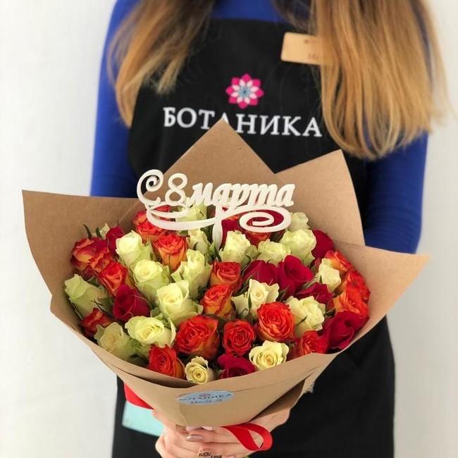 Букет из роз на 8 марта - вид 1