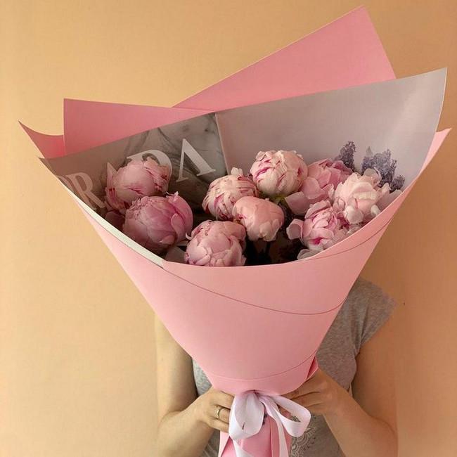 Букет из розовых пионов - вид 1
