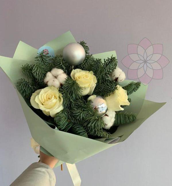 Букет с нобилисом и розами - вид 1