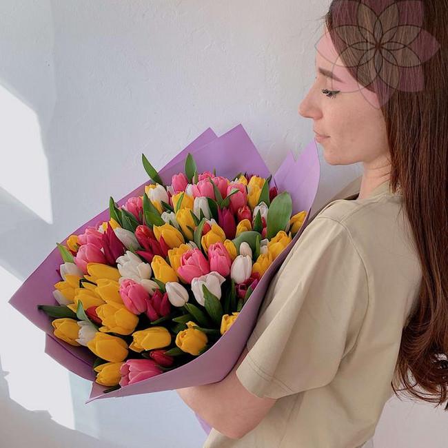 Тюльпаны к 8 марту
