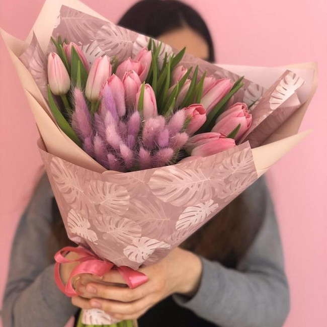 Букет из нежных тюльпанов - вид 1
